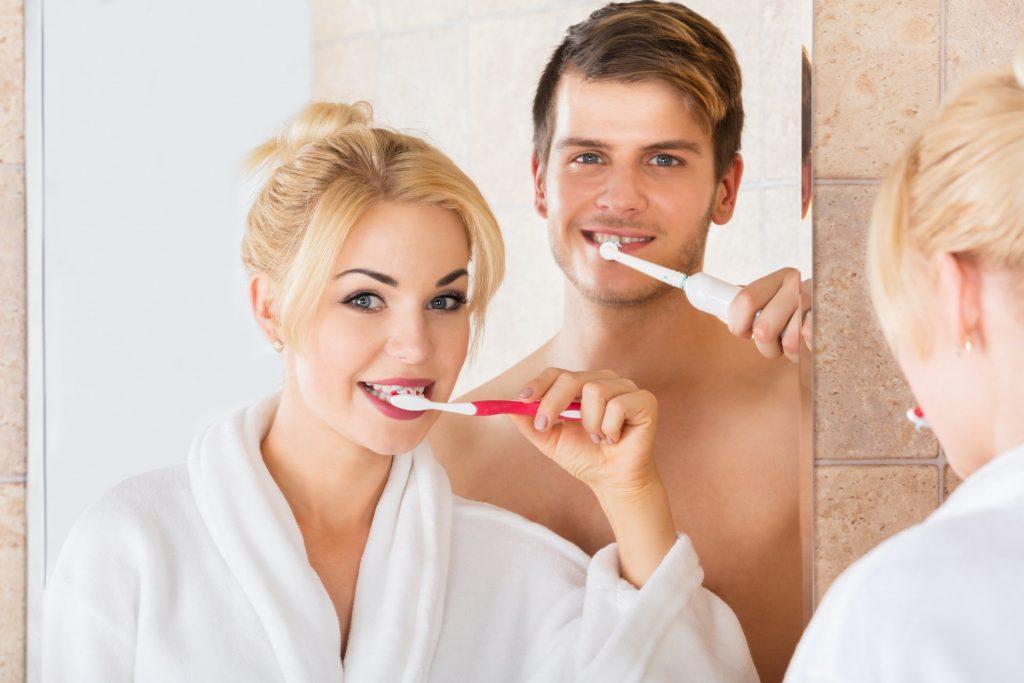 Zahnbürste manuel und elektrisch